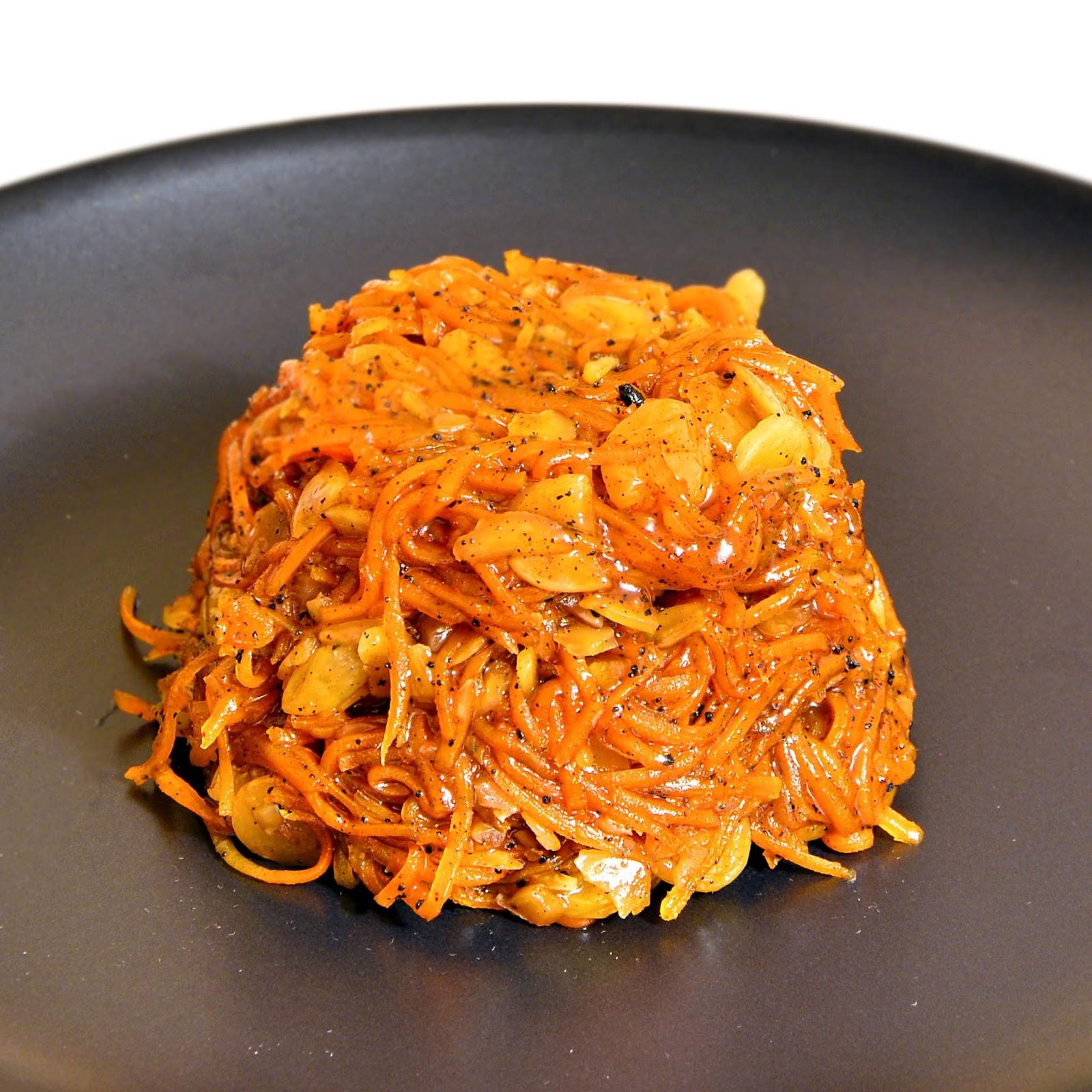 Hassle Free Rapid Carrot Halva (Gajorer Halwa).