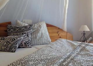 kelambu tempat tidur