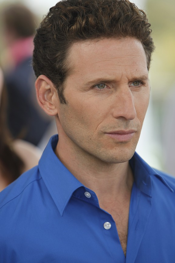 Royal Pains - Season 2 Episode 02: Lovesick