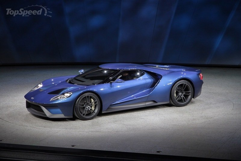 Top World's Car: 2017 Ford GT Concept Sports Car Chicago Auto Show