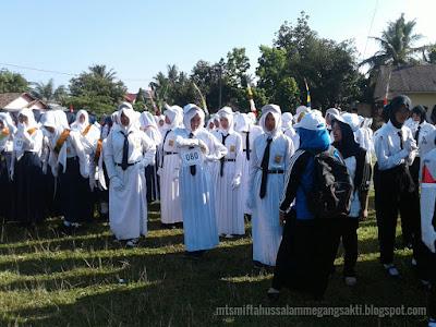 Lomba Gerak jalan Mts Miftahussalam 2016