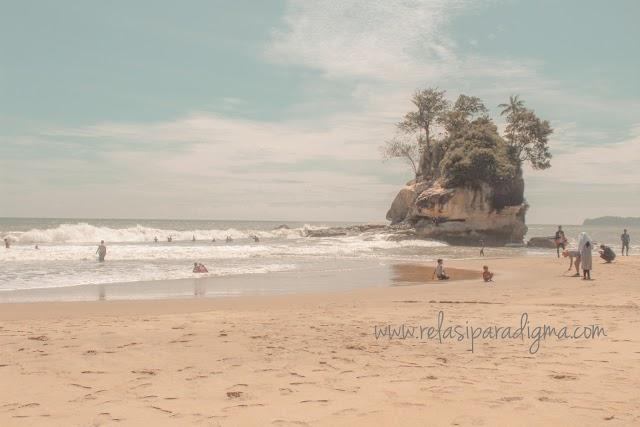 Wisata Baru Pantai Batu Badaun Yang Belum terjamah Pemkab. Mandailing Natal
