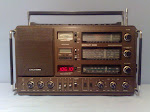 ** GRUNDIG Satellit Radio **