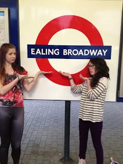 Síomha & Izzy London