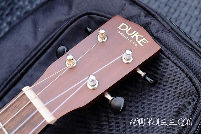 Duke DUBVB Baritone Ukulele headstock