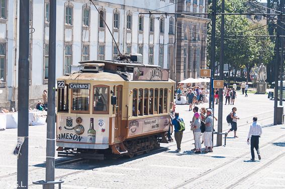 QUe ver en Oporto en un dia. Montar en tranvia