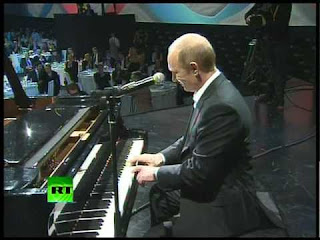putin sings and plays piano