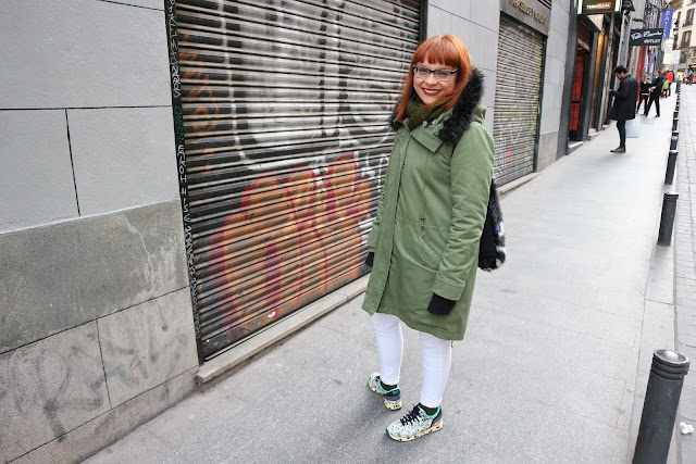 Fashion blogger, Madrid, parka, onitsuka tiger