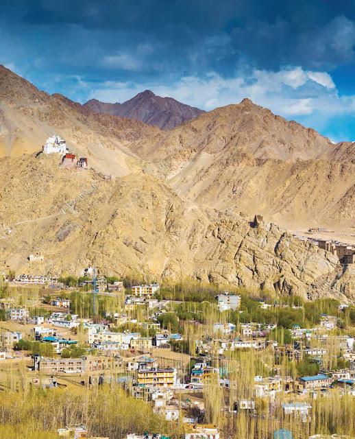 Musim Dingin di Ladakh India Utara