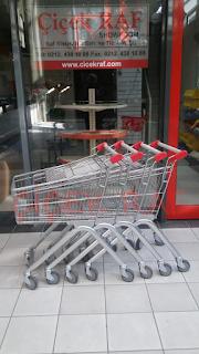 marketlerde kullanılan metal market arabaları