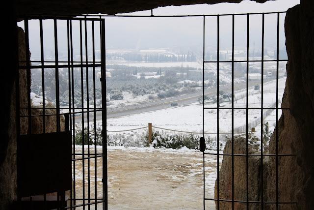 La nieve viste de blanco los Dólmenes Antequera