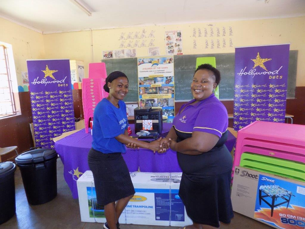 Children of the Dawn Mathabatha received a helpful donation from Hollywoodbets Musina