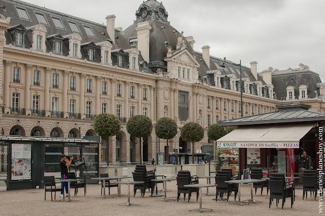 Rennes viaje Bretaña y Normandia turismo edificios
