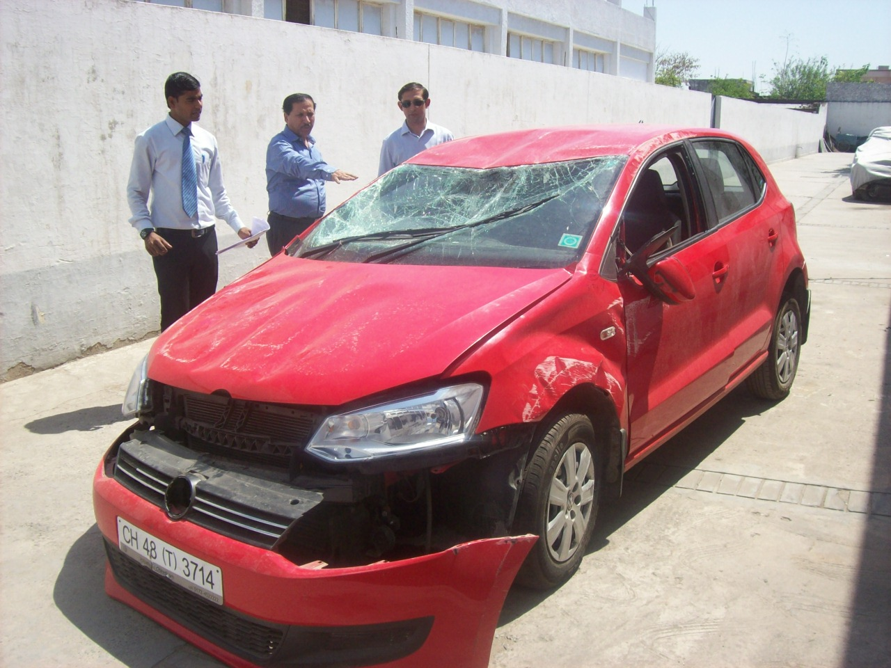 Vehicles For Sale: Damaged Cars For Sale In Delhi