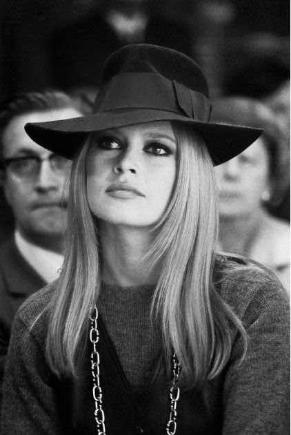 Bardot legends.filminspectors.com