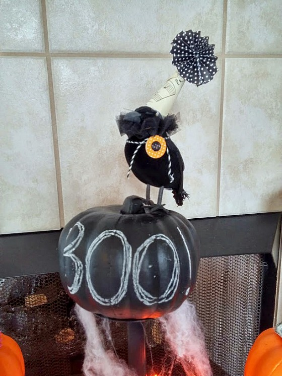 Chalkboard Boo Pumpkin with black raven at www.diybeautify.com