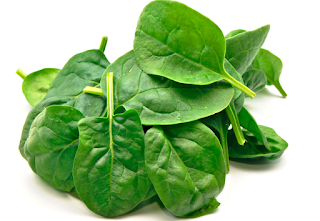 Spinach is high in vitamin C and also loaded with a good number of antioxidants and beta-carotene, which have shown to boost the cells responsible for fighting infections in the body. This helps to keep the immune system functioning and it is best when cooked because the nutrients are retained.