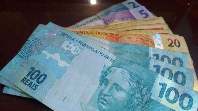 Decreto com o novo salário mínimo de R$ 937 é publicado no Diário Oficial da União