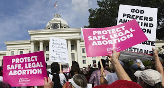 'My body, My Choice': Thousands Turn Out To Protest Alabama's Abortion Law
