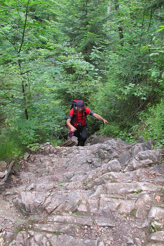 Wspinaczka do Wodospadu Małego.