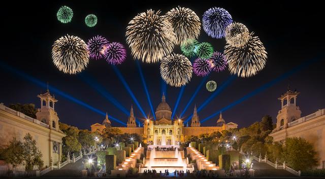 Fogos de Artifício no Montjuic em Barcelona