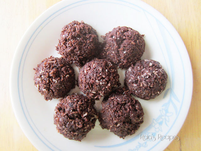 Chocolate Coconut No-Bake Cookies by Raia's Recipes