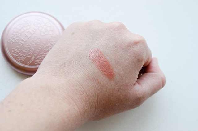 a picture of Stila Convertible Color in Peony (swatch)