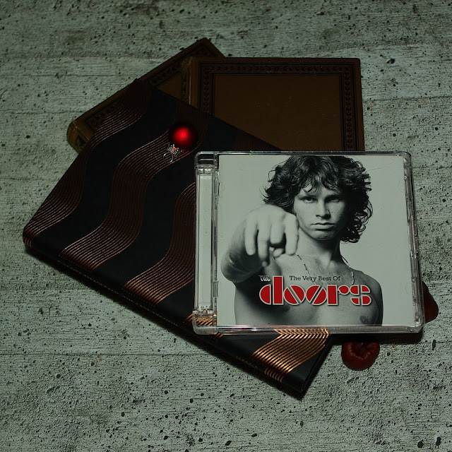 [Music Monday] The Very Best Of The Doors
