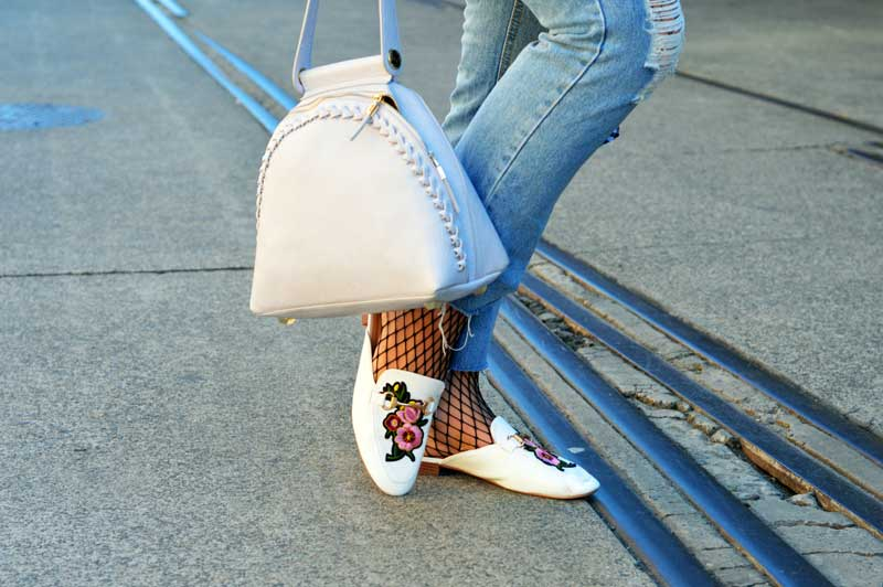 mbfwa sydney street style details distressed jeans fishnets gucci style embroidered loafers