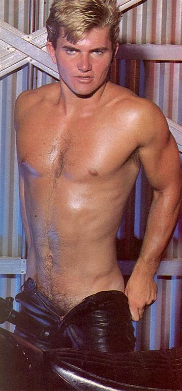 naked pics of hbk