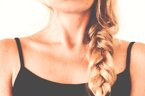 pixabay.com/en/adults-attractive-blond-body-plait-1853851