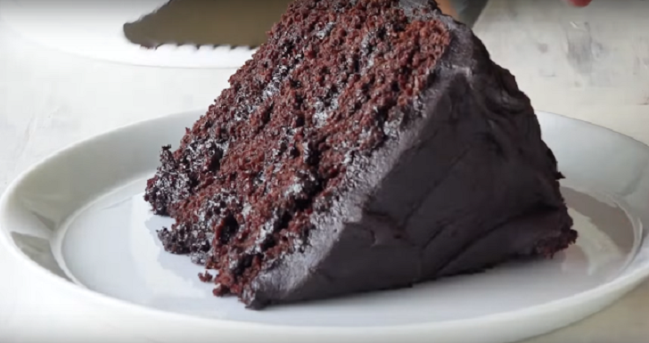 EGG-LESS AND DAIRY FREE CHOCOLATE CAKE RECIPE