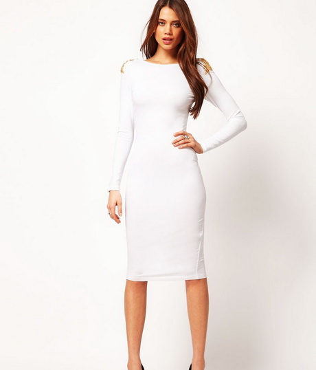 vestido de moda blanco a la rodilla