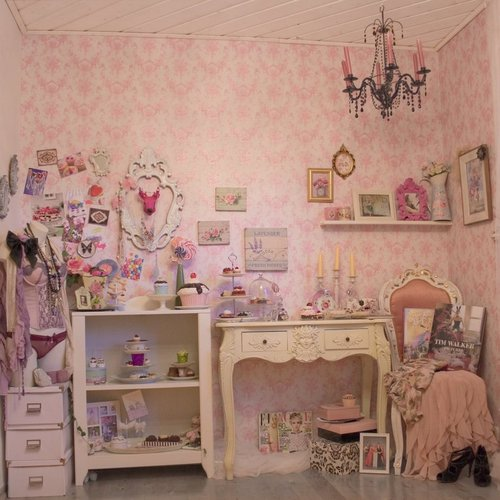 Convey Your Little Girl S Personality Through Her Bedroom: Pop Lollipop Blog: The Virgin Suicides