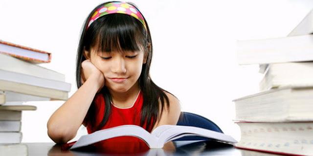 Baca Novel Atau Menonton Film, Manakah Kamu?