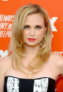 Fiona Gubelmann photo