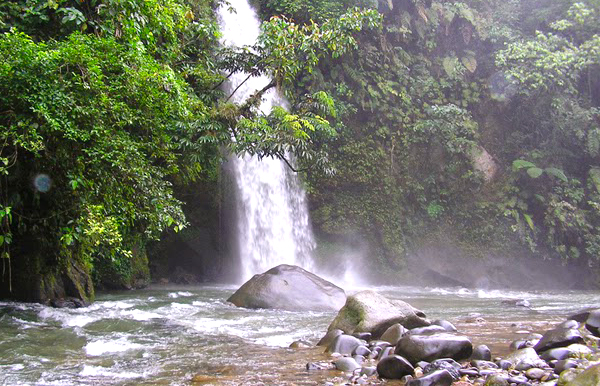 Gambar Air Terjun Lematang Indah Di Sumatera Selatan