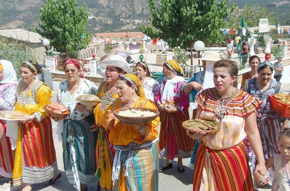 الاحتفال بميلاد عيسى و رأس السنة في الأندلس و المغرب