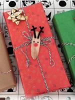 https://manualidades.facilisimo.com/etiquetas-adhesivas-de-madera-para-tus-regalos-navidenos_2216603.html