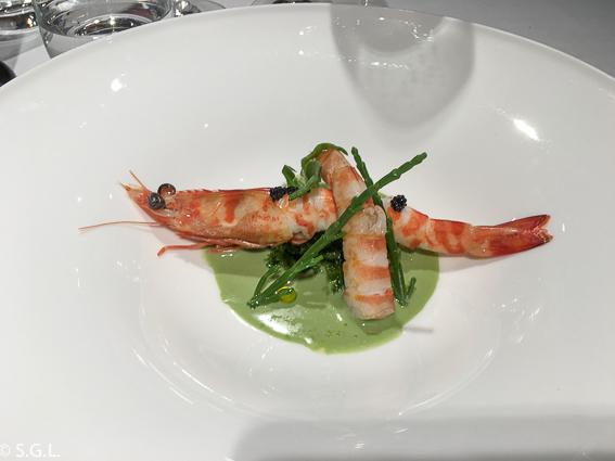 Langostinos sobre algas. Restaurante Zarate. Bilbao