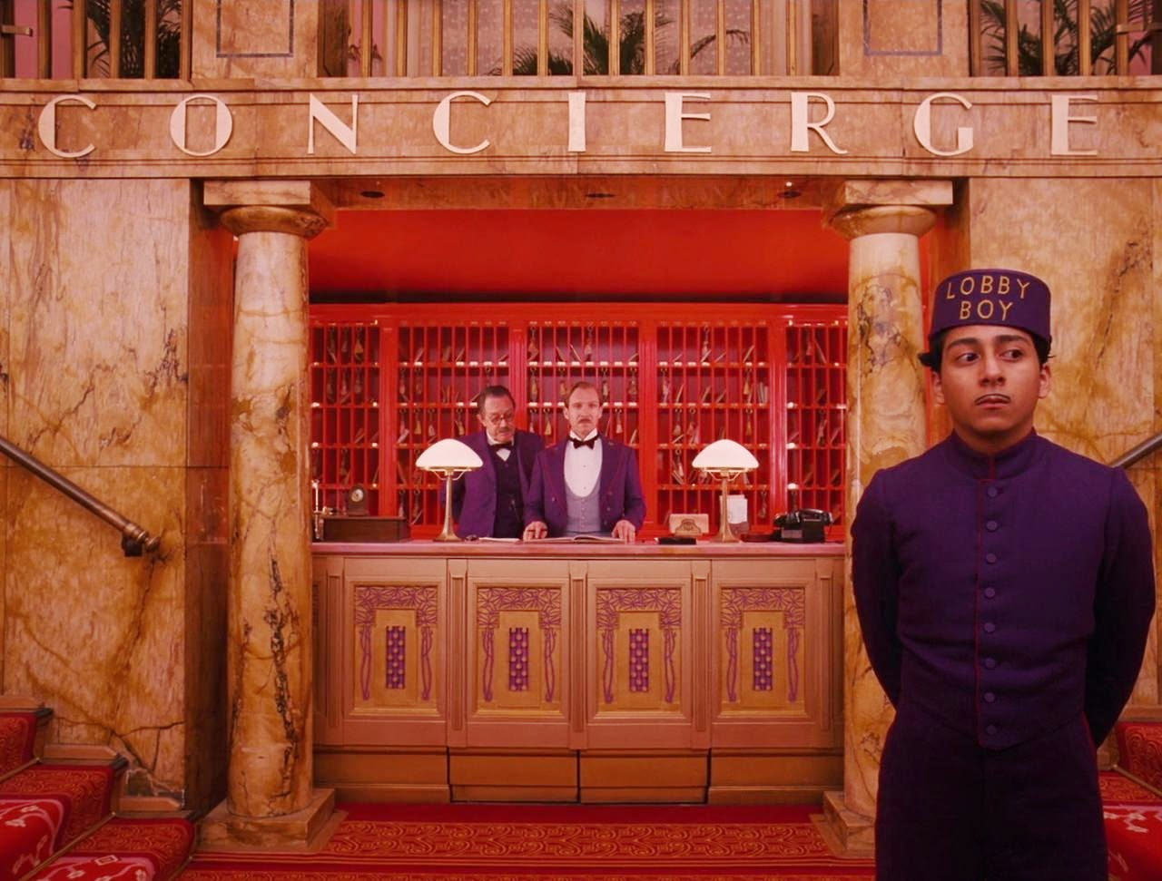 the grand budapest hotel-larry pine-ralph fiennes-tony revolori