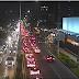 Motorista pisa no freio na avenida Salgado Filho