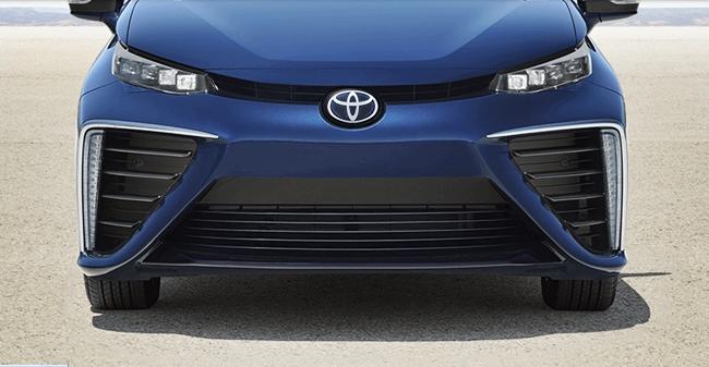 2018 toyota mirai. 2018 Toyota Mirai Review Y