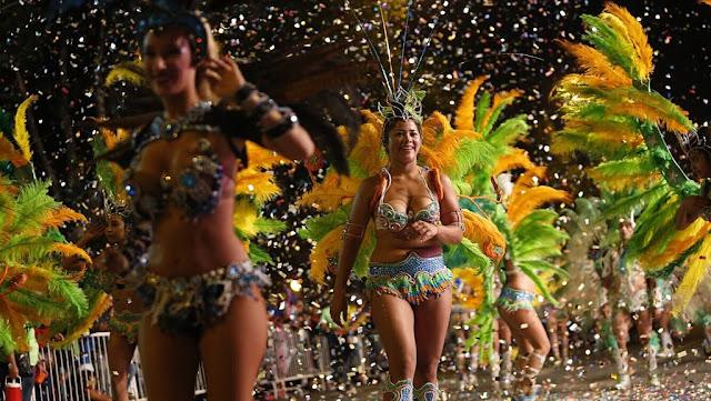Con alegría, ritmo y color se llevó a cabo el Corso Central 2018 de los Carnavales Marplatenses