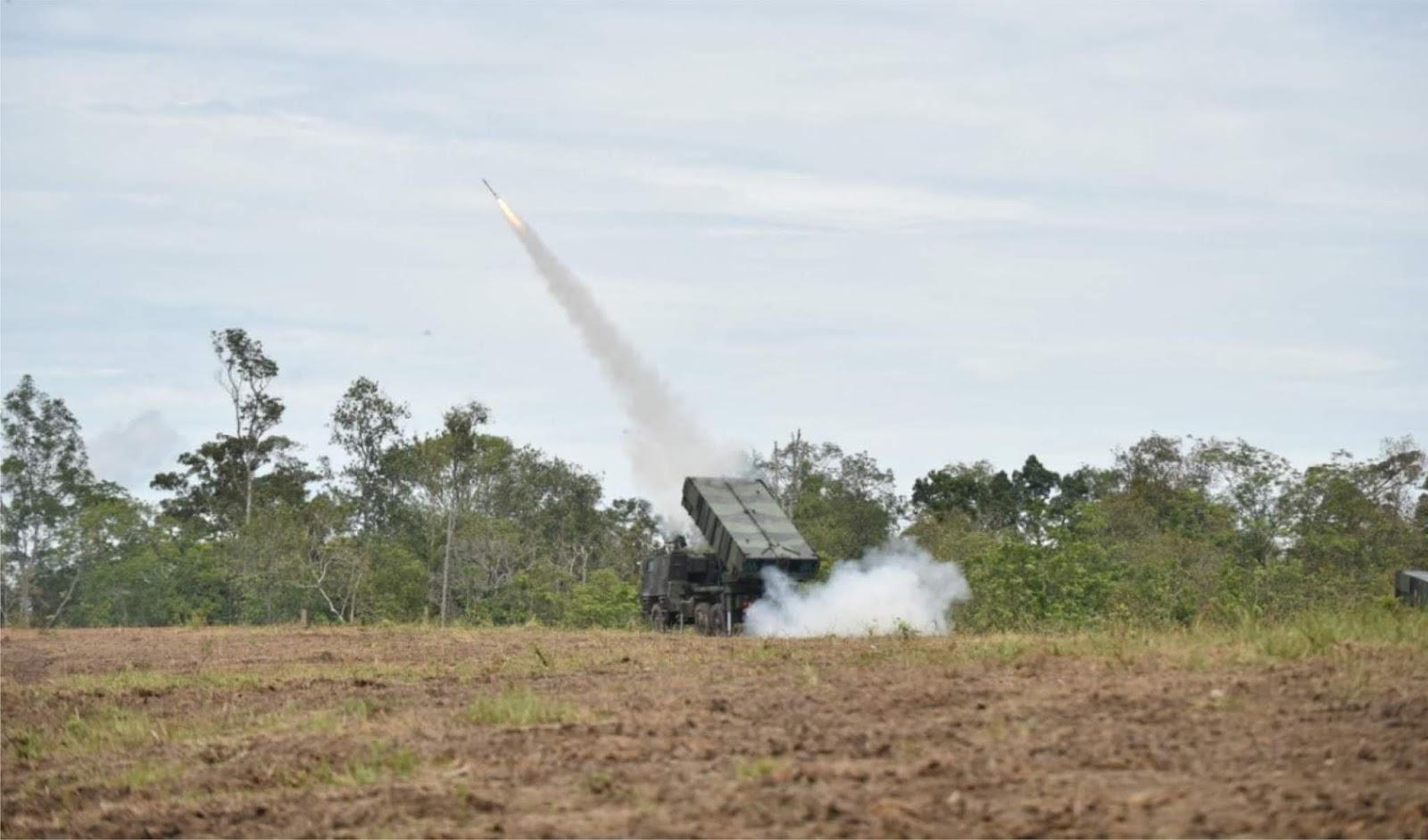 Ribuan Masyarakat Baturaja Saksikan Langsung Latihan Ancab TNI AD 2018