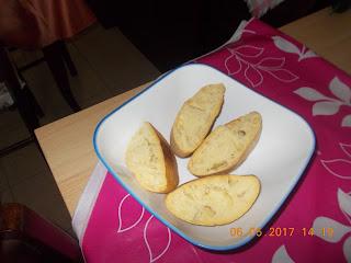 Ricetta seppioline surgelate  in umido  al pomodoro con contorno  di patate rosse in insalata all'aceto balsamico