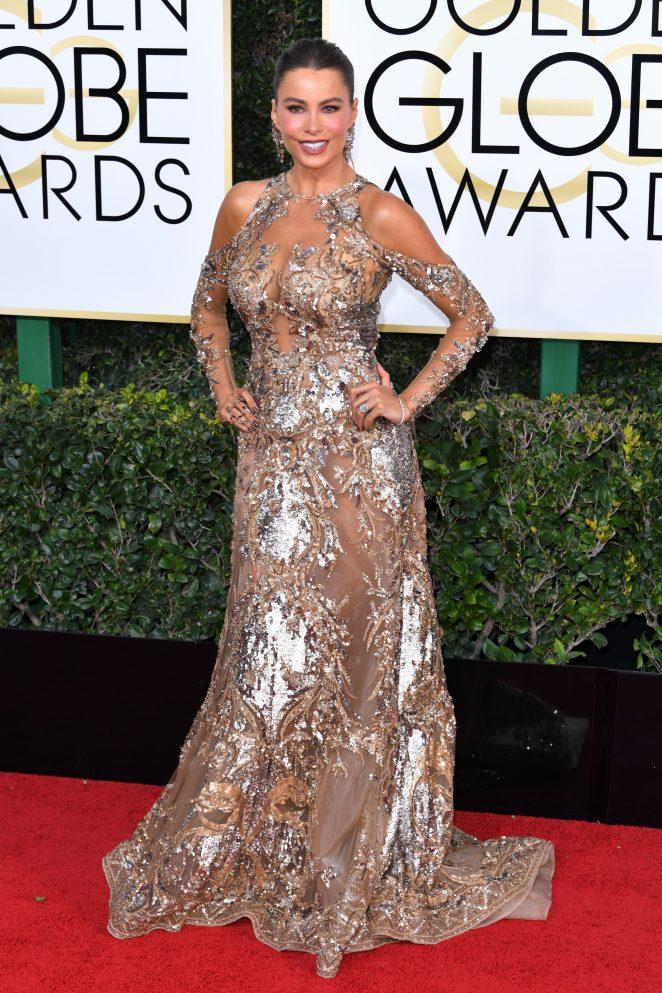 Sofia Vergara smoulders at the 2017 Golden Globes, makes dirty joke in speech