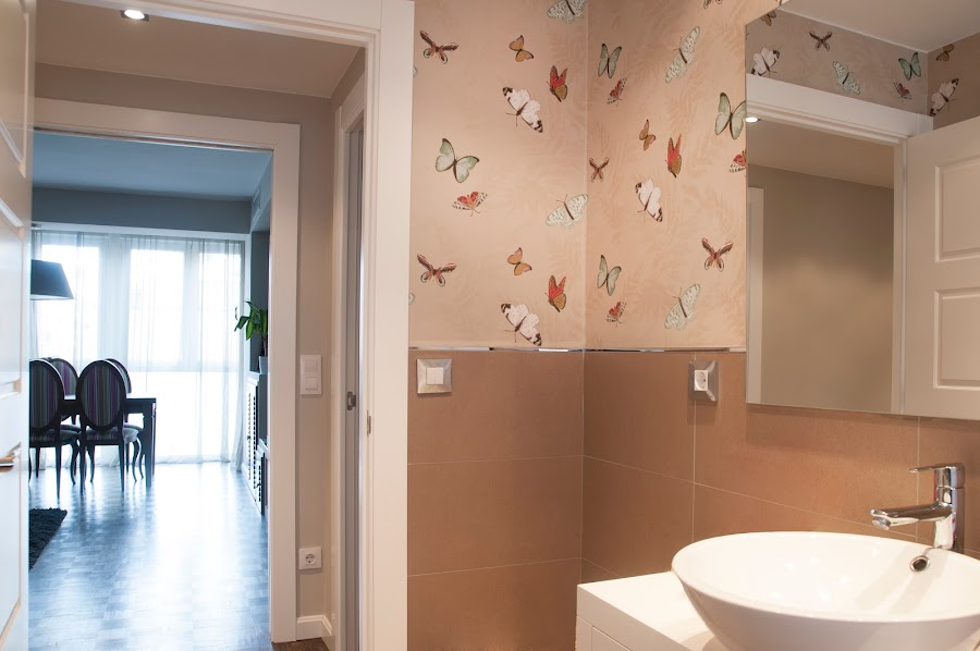 Un hogar original con papel pintado decoraci n - Decoracion original hogar ...