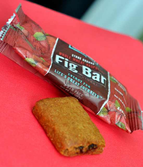 Nature's Bakery Fig Bars - Whole Wheat Raspberry - Photo by Taste As You Go