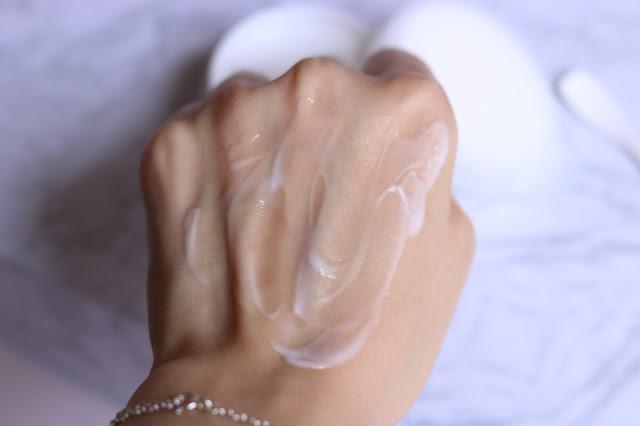 【保養】 BEVY C.極淬美白系列~妝前的保濕型美白恩物│蝴蝶結姐姐
